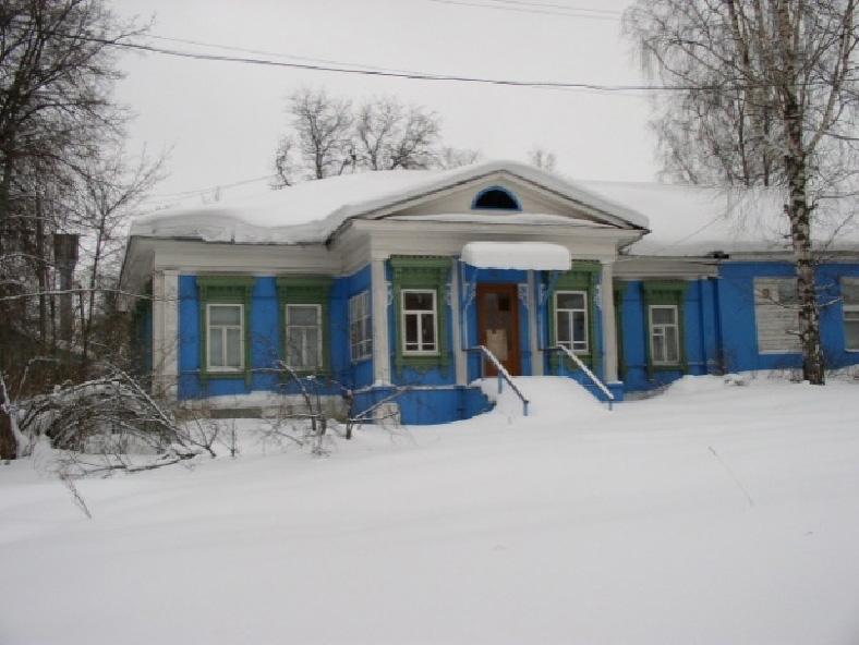 Дом огромный с мезониной фото 252-433