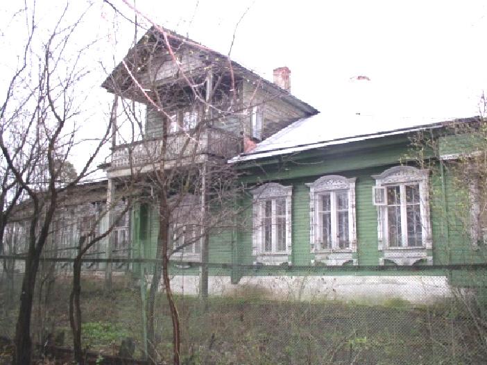 Дом огромный с мезониной фото 252-80
